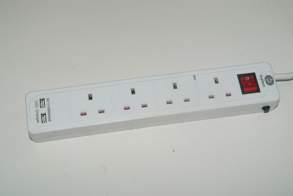 6 way UK Electric Extension Power Strip with surge protector