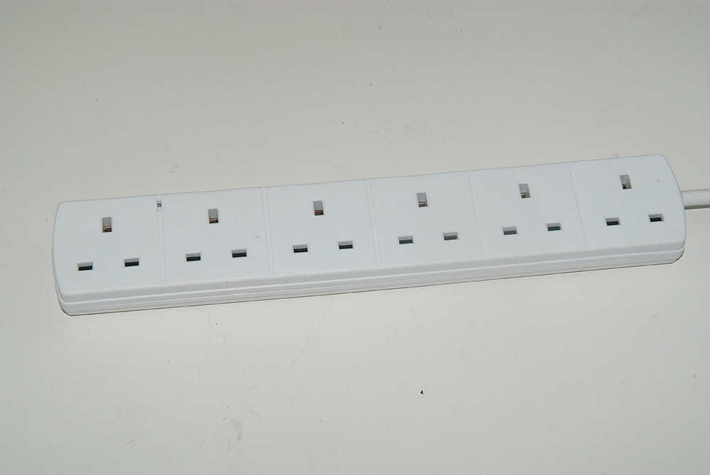 Fused UK Plug with C13 6 Way Power Strips